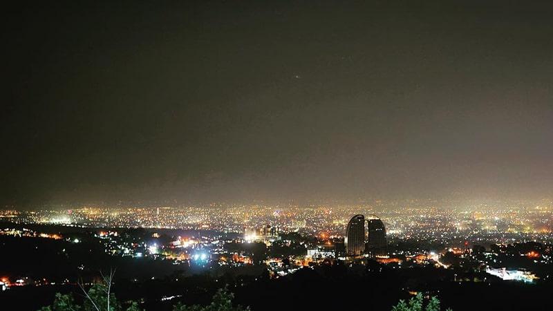 Tempat Wisata Malam di Bandung - Punclut Bandung