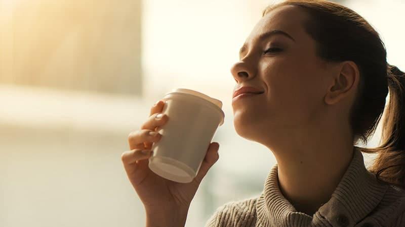 manfaat kopi hijau - minum kopi
