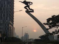 Tempat Wisata di Jakarta Selatan - Patung Pancoran Pagi