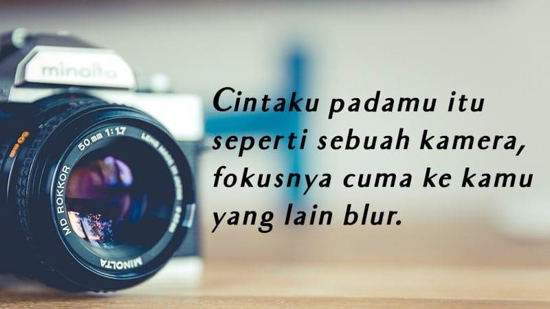 Kata-Kata Romantis - Kamera
