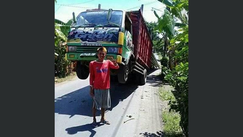 kumpulan gambar lucu - sopir truk