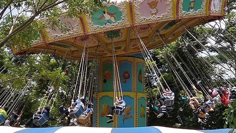 Wisata JungleLand Sentul Bogor - Wave Swinger