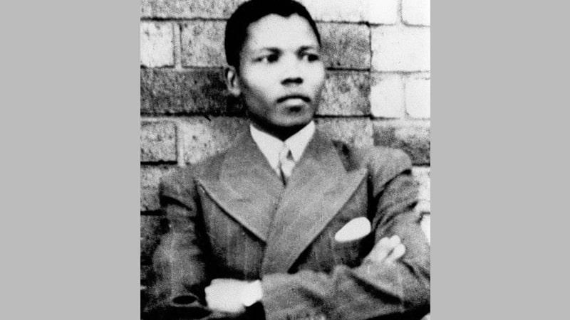 Biografi Nelson Mandela - Nelson Mandela Muda