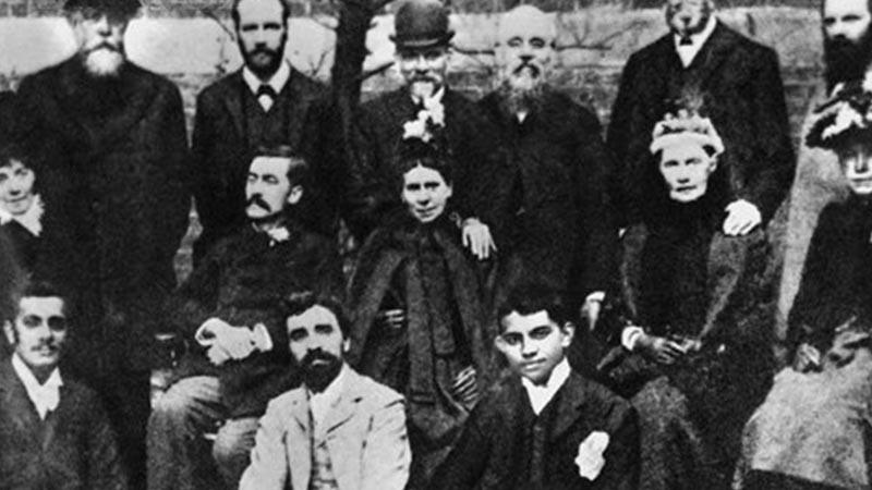 Biografi Mahatma Gandhi - Kuliah di London