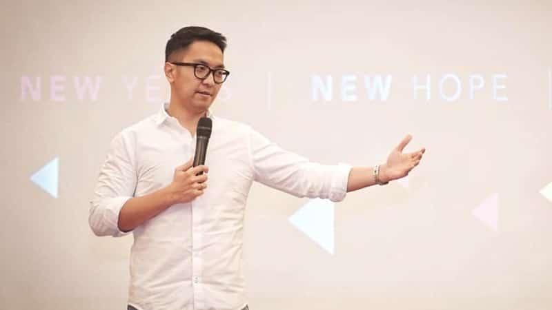 Karier - Jadi Motivator Termuda di Asia