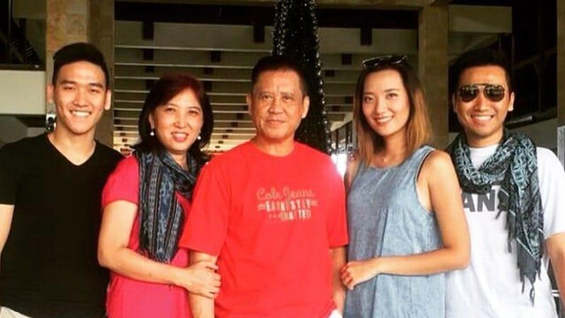 Biografi Andrie Wongso - Bersama Keluarga