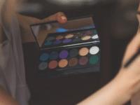 Ragam Eyeshadow Implora yang akan Membuat Tampilan Semakin Memukau