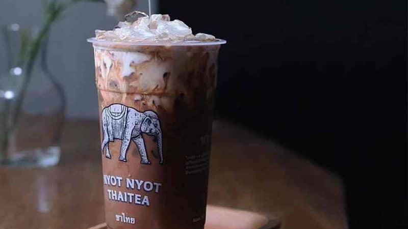 Waralaba Nyot Nyot: Thai Tea yang Berdiri Sejak 2016