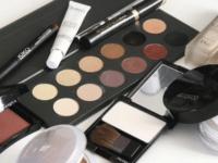 4 Rekomendasi Eyeshadow yang Bagus dan Terjangkau Merel Lokal
