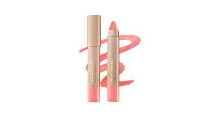 Gambar 1. Instaperfect Gloss Chic Lip Crayon shade Rhythm